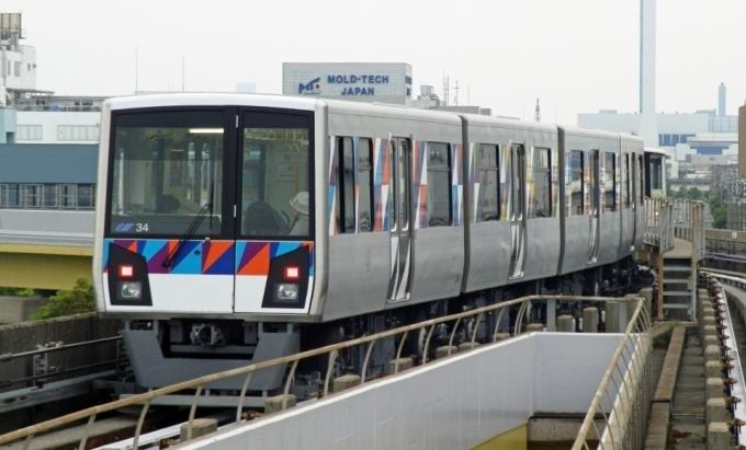 横浜シーサイドライン海の公園柴...