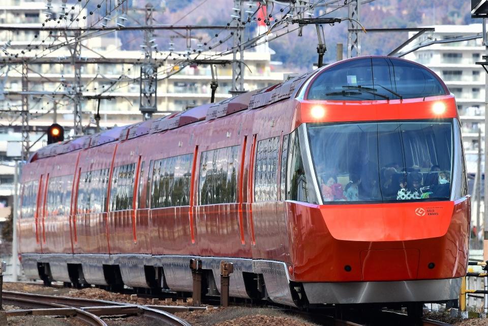 ニュース画像 9枚目:小田急70000形電車「GSE」(非集中型N多端点ハゲさん撮影)