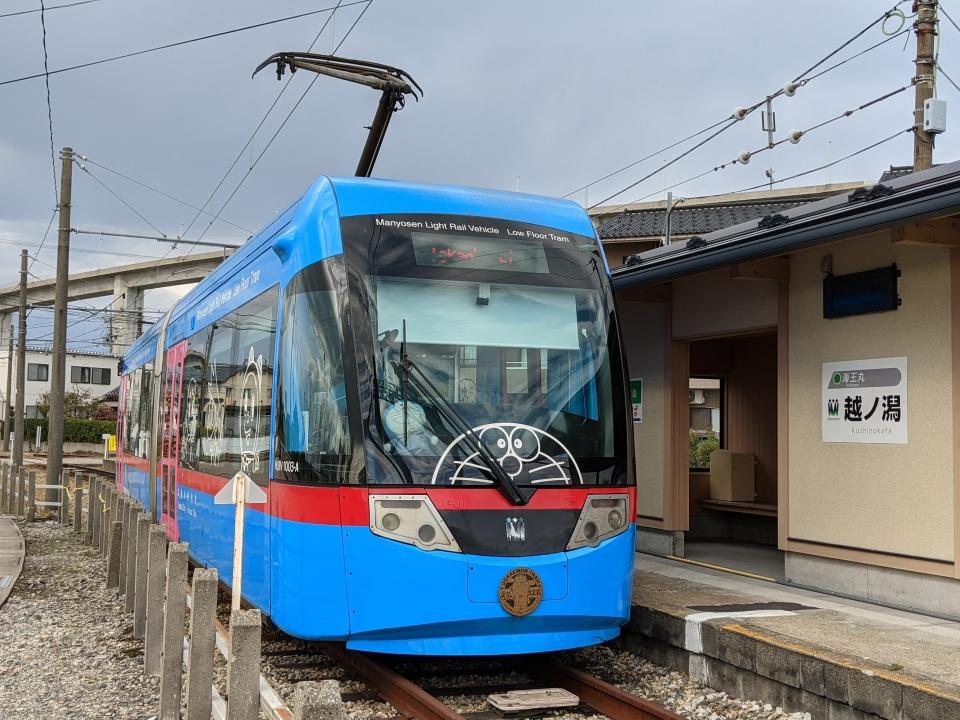 ニュース画像 7枚目:万葉線 MLRV1000形電車(Tsurugi2999さん撮影)