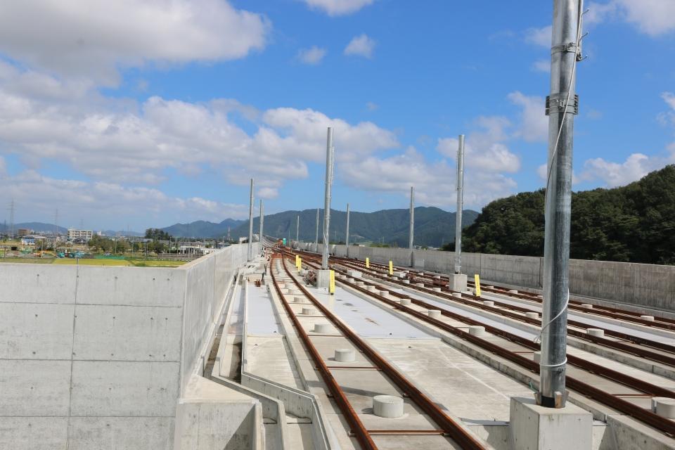 ニュース画像 6枚目:金沢・福井方面への仮軌道敷設の様子