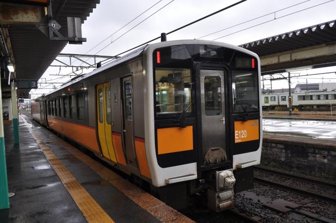キハ e120 形