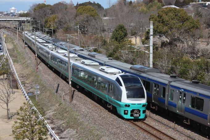 JR東日本E653系電車 フレッシュひたち クハE653-4 偕楽園駅 鉄道フォト ...
